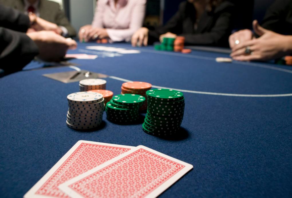 Sejarah Poker Dalam Talian - Kisah Di Sebalik Hit Sensasional