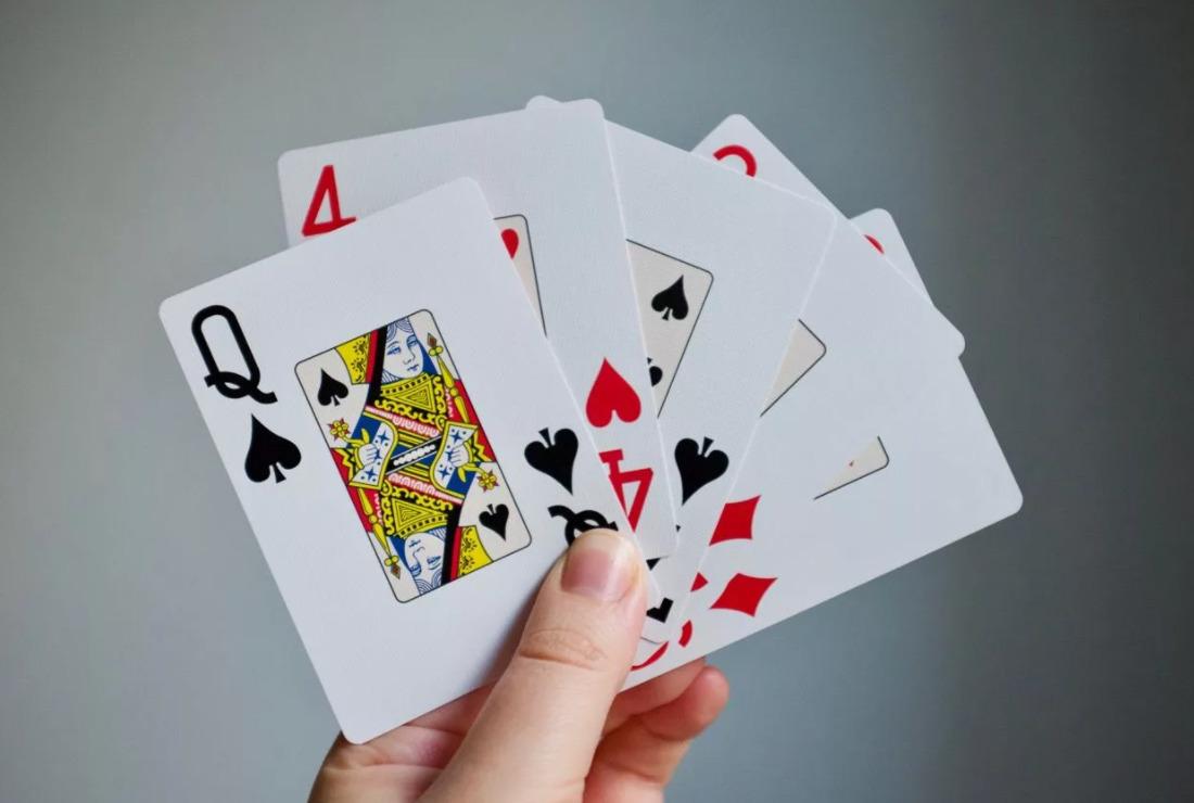 6 Petua Poker Dalam Talian Kritikal Untuk Pemula