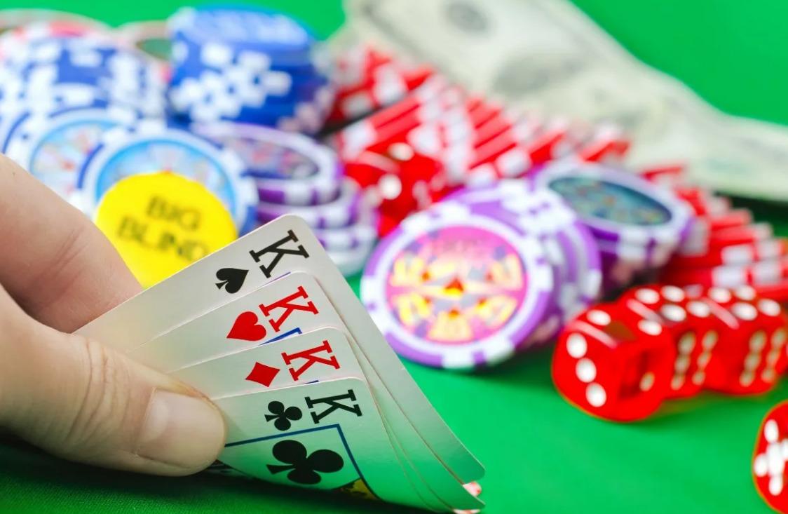 Main Winning Poker Sebagai Pemain Pasif Ketat